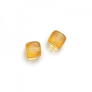 8x11mm Amber Cube Beads Loose (300pc)