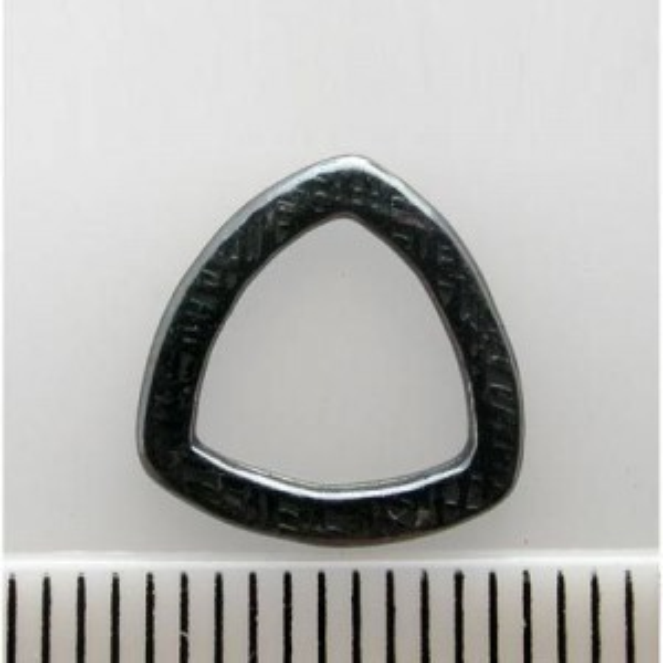 11mm Triangle Closed Jump Ring (1.5mm) Pewter W/ Gun Metal Finish 20pcs