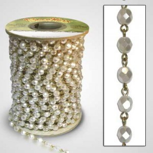 Beadlinx™ Beaded Chain White Pearl Fire Polished 6mm on Raw Brass