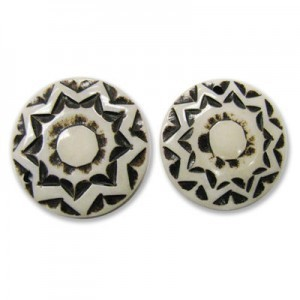 1.25 Inch Antiqued W/ Black Flower Design Hand Carved Round Bone Pendant Front To Back Drilled 20pcs
