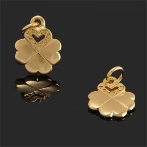 23x15mm Clover Heart Charm Forever Gold™ 1pc