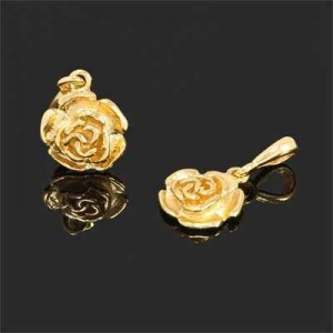 26x15mm Rose Charm Forever Gold™ 1pc