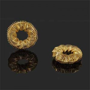 30mm Handmade Wired Spring Circle Pendant Forever Gold™ 1pc