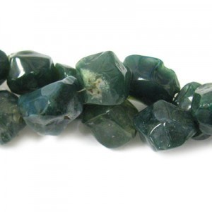 Approx 20x15 Bloodstone Hand Chipped Oval Irregular Nugget Bead 30 Beads Per Strand