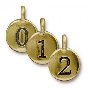 Number Charm Mix in Gold Plate 10pcs Each Letter Total 100 Pcs