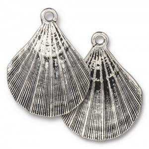 Scallop Shell Pendant Antiqued Silver Plate - Pkg of 10 TierraCast®